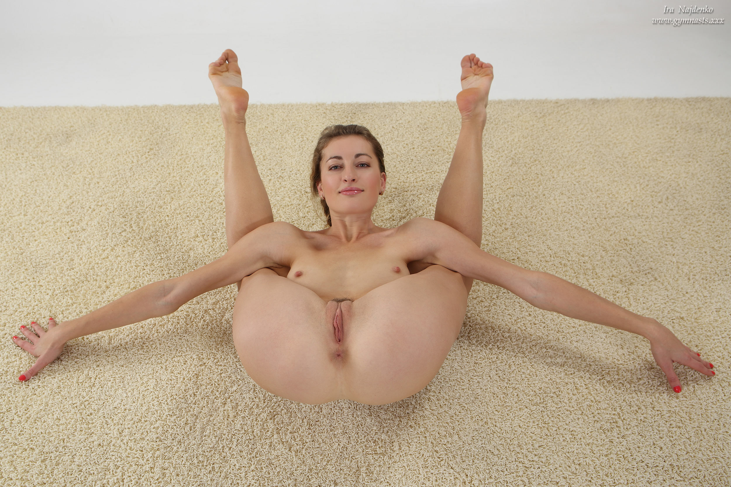 naked flexible yoga